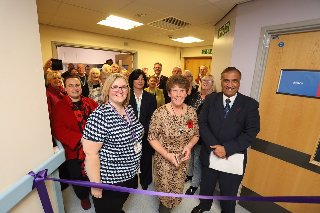 "New acute stroke unit officially opened by ""extraordinary"" consultant featured image"