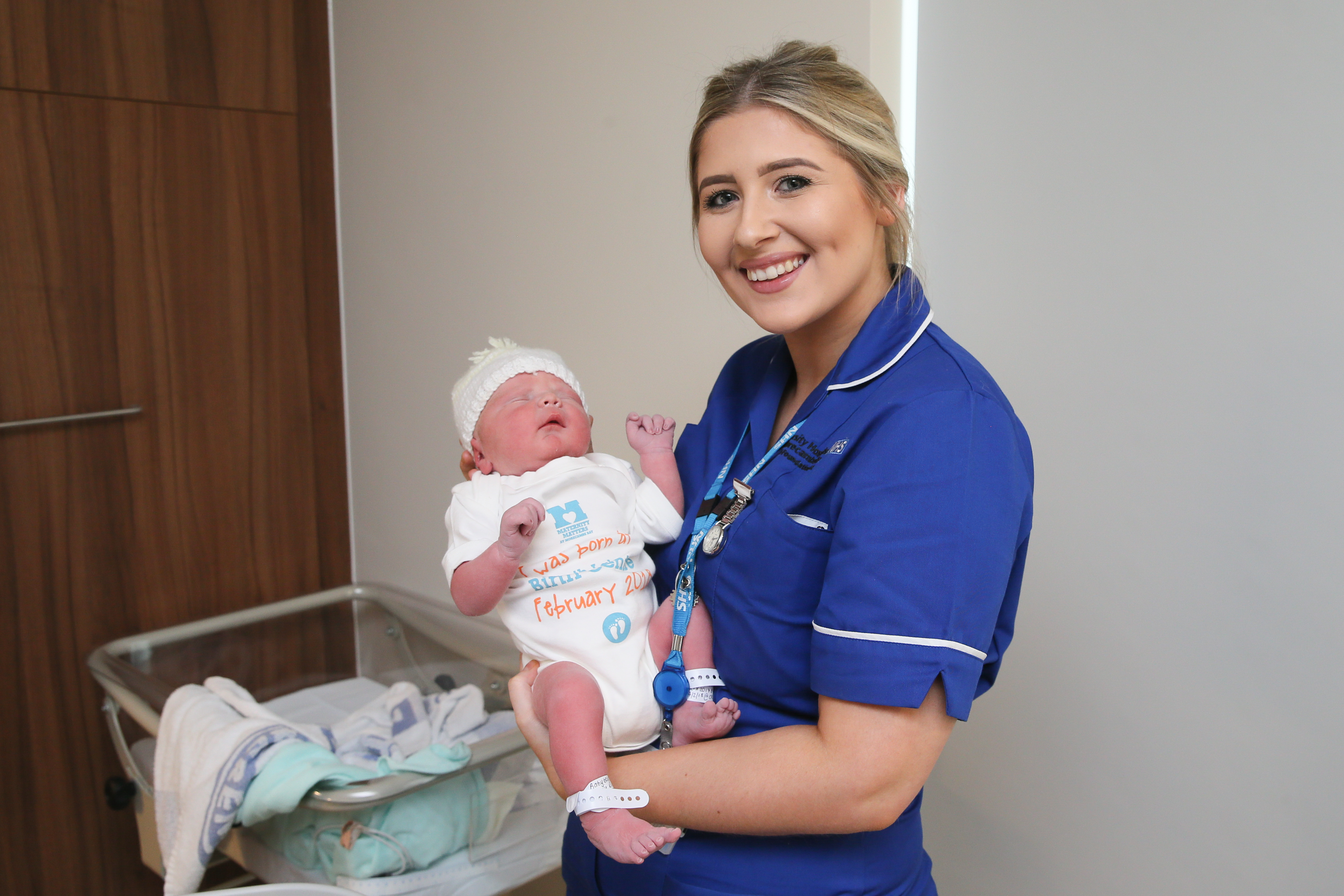 Barrow midwife supporting women across Morecambe Bay through new Facebook group featured image