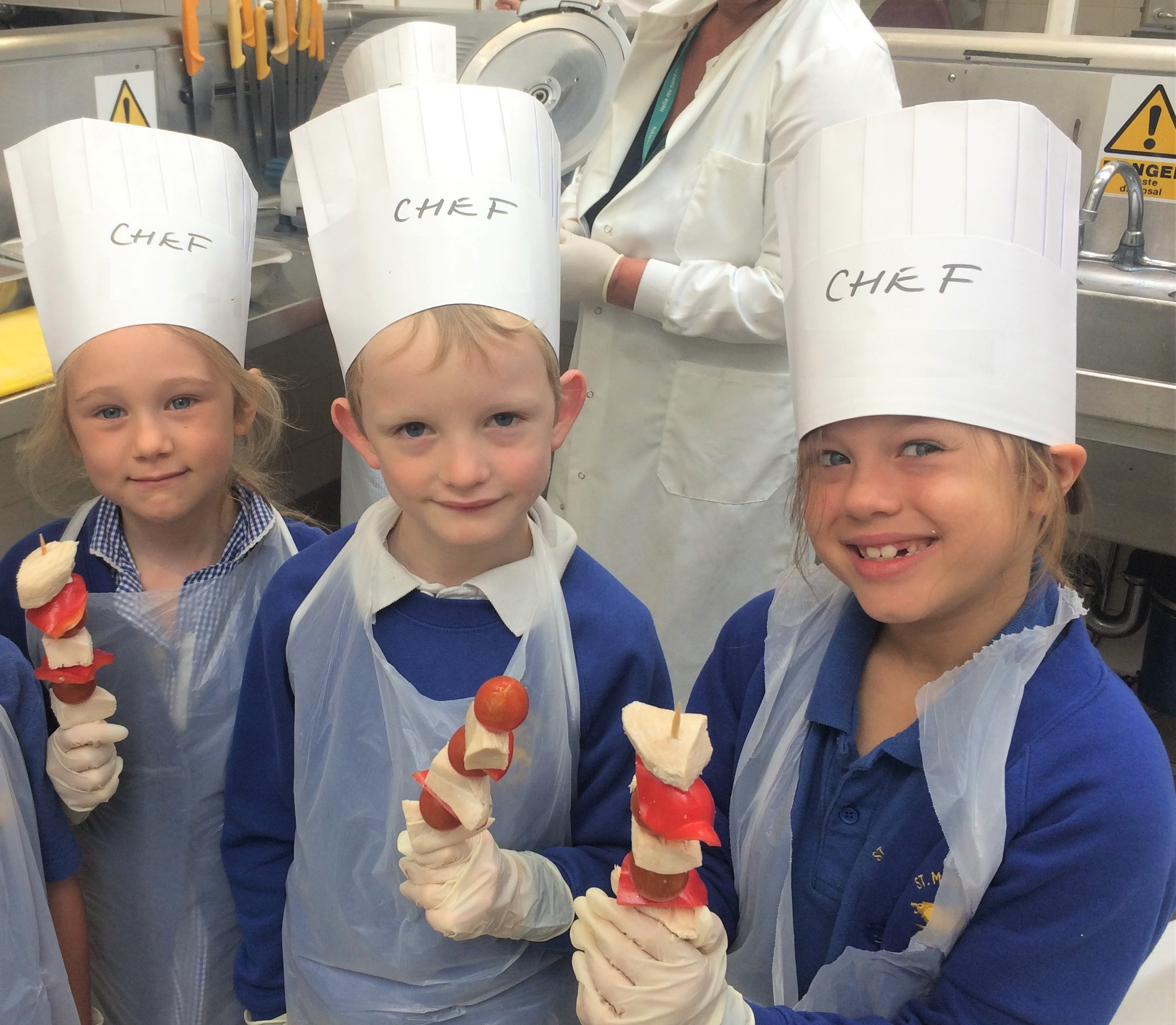 Youngsters cook up healthy meals featured image